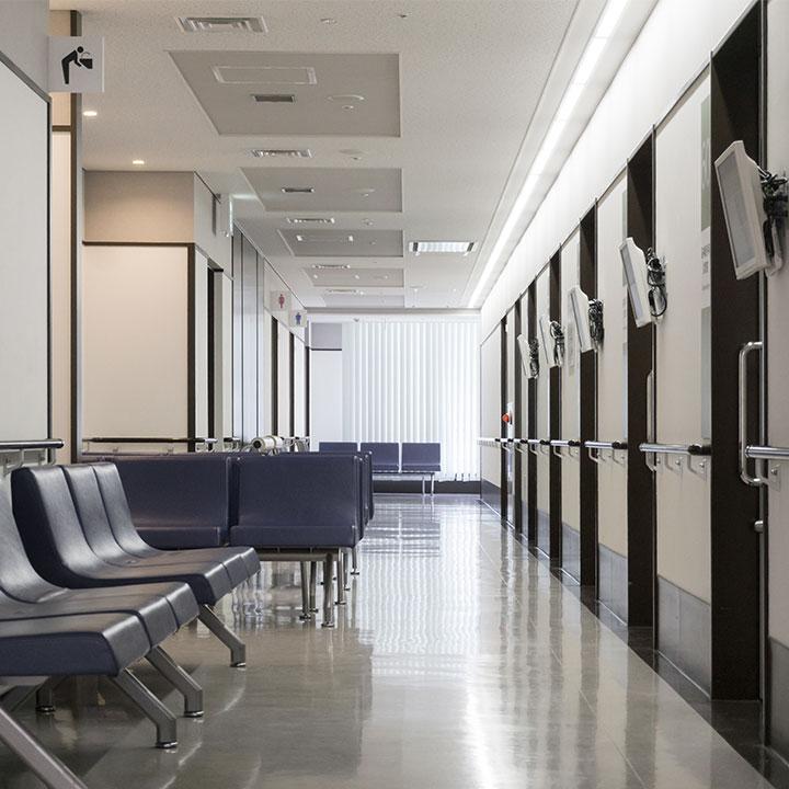 看護師の職場として一般的な「病院・クリニック」